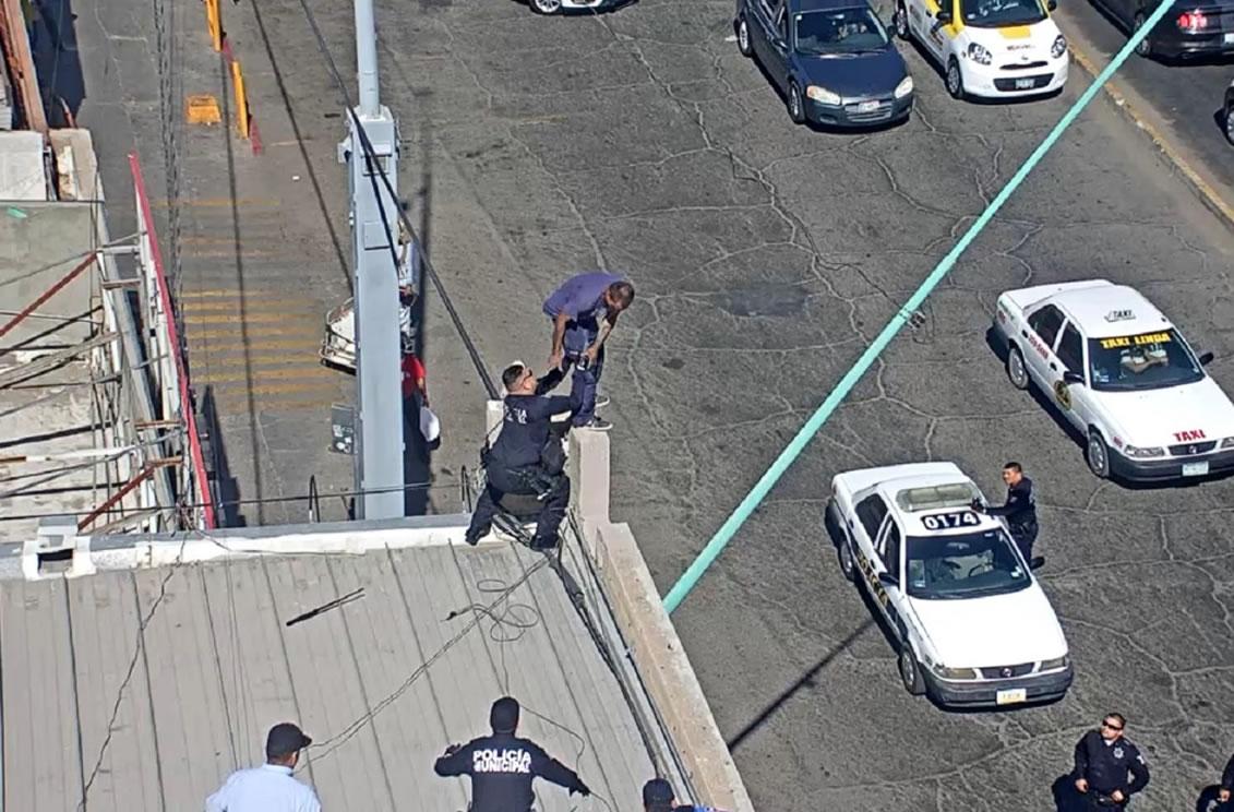 Detecta el C4 a suicida; Bomberos lo rescatan