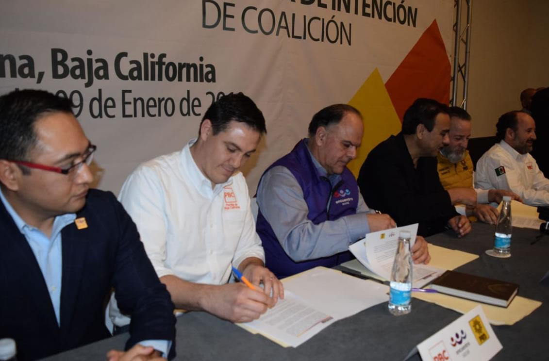 Firman acuerdo pro Leyzaola