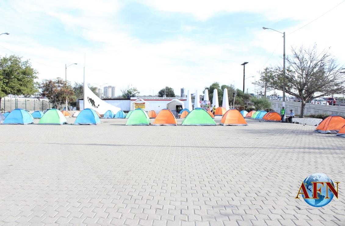 Reinstalan campamentos frente al PRI