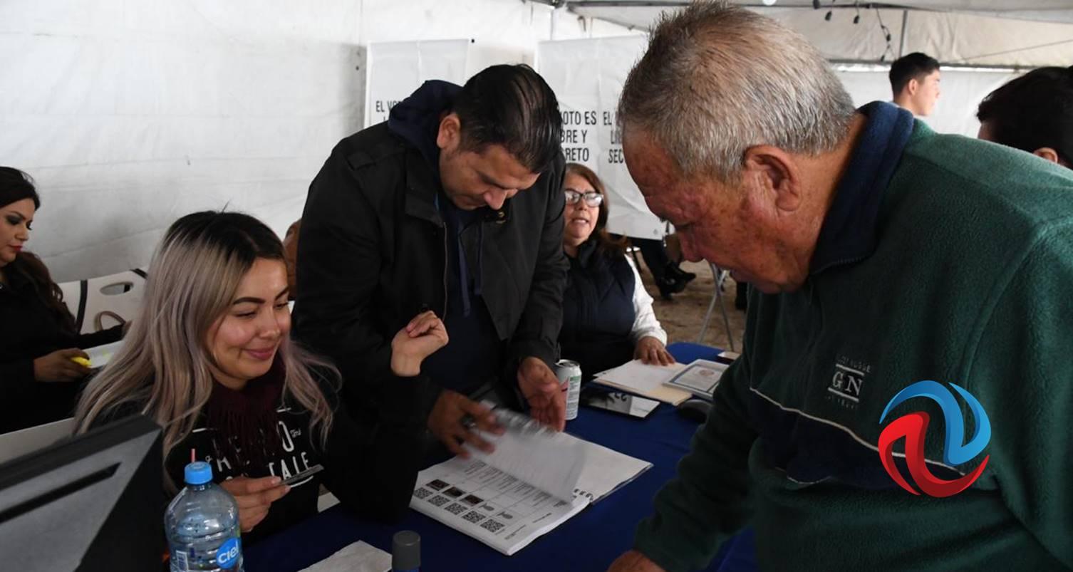 Acuden a votar los panistas en BC