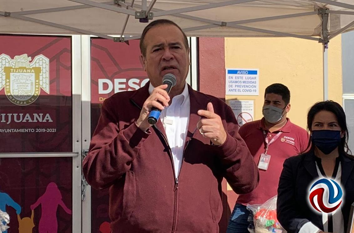 Arturo González se registra como aspirante a candidatura el viernes