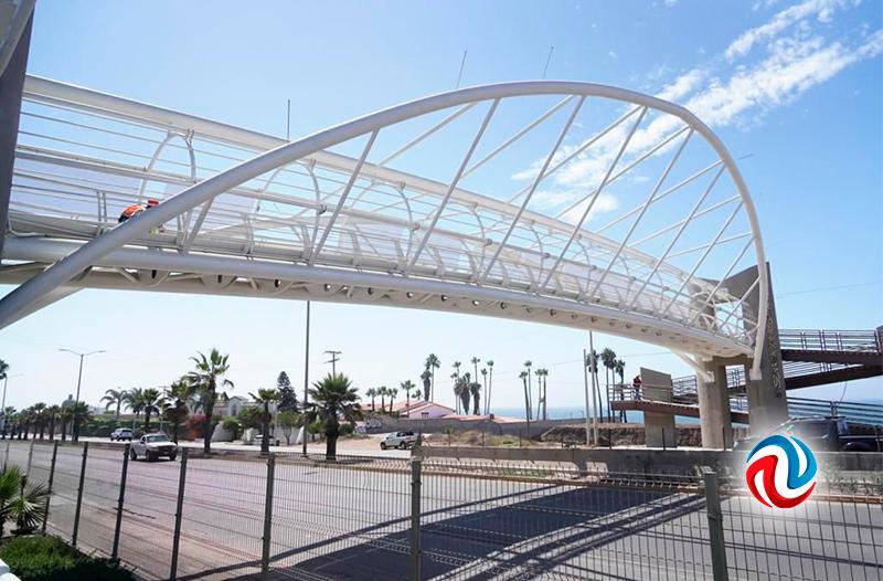 Avance del noventa por ciento en obra de puente peatonal Cetmar