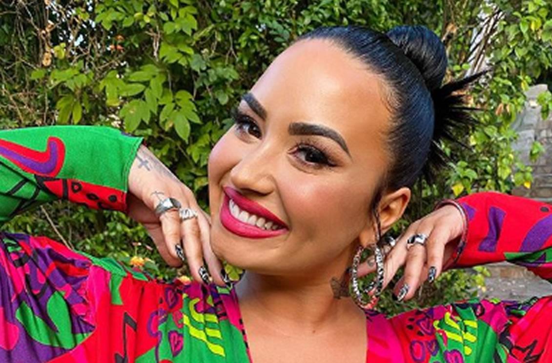 Demi Lovato pide votar contra Trump y NBC la censura (+vídeos)