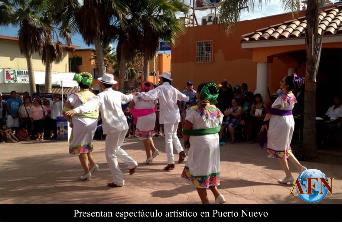 Presentan espectáculo en Puerto Nuevo