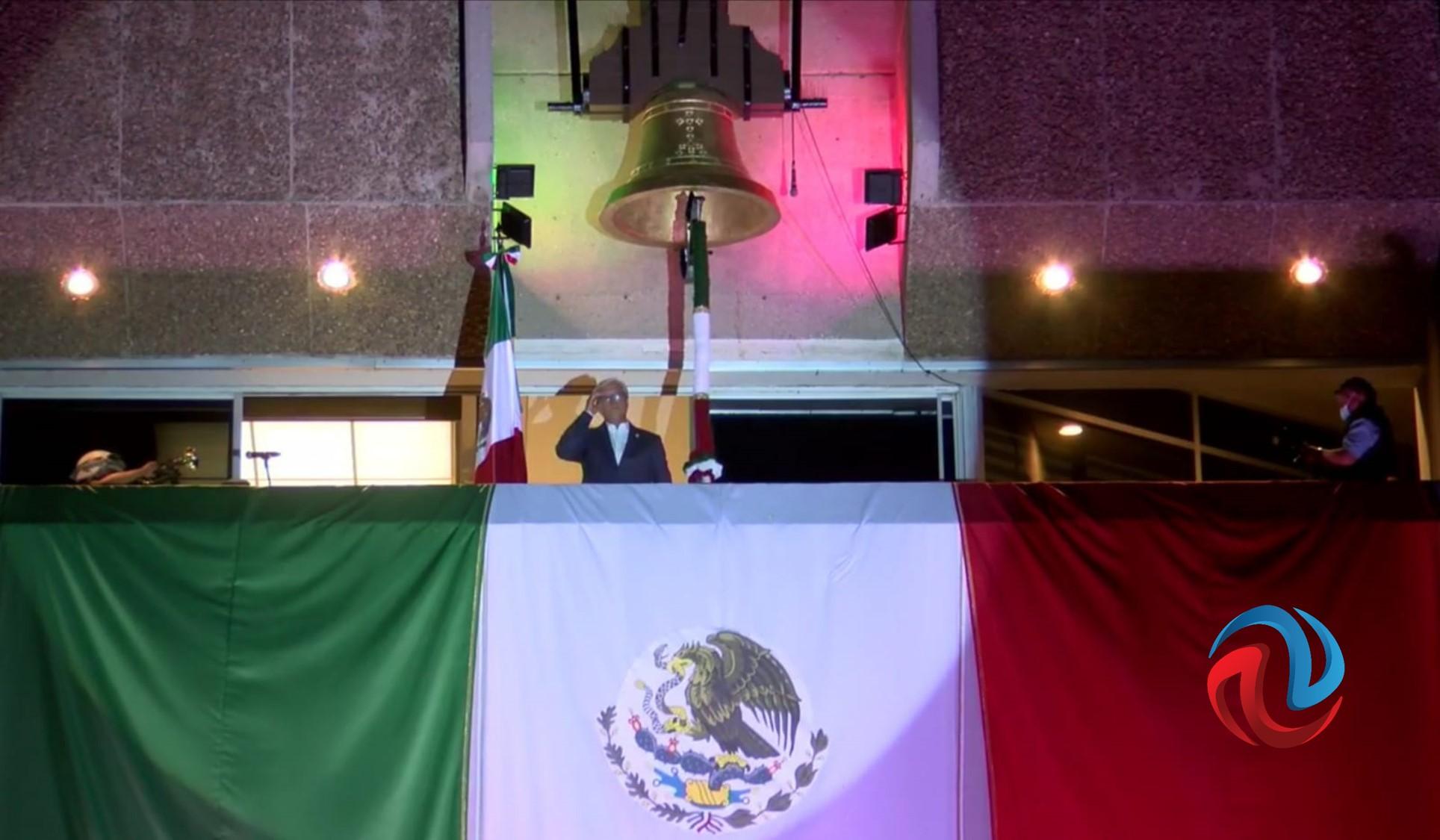 Dio Bonilla el Grito de Independencia en la Plaza de los Tres Poderes