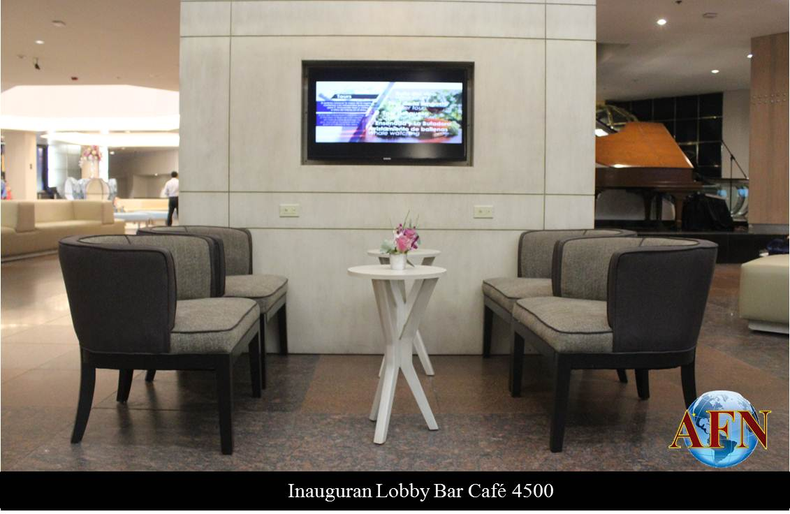 Inauguran 4500 Lobby Bar-Café