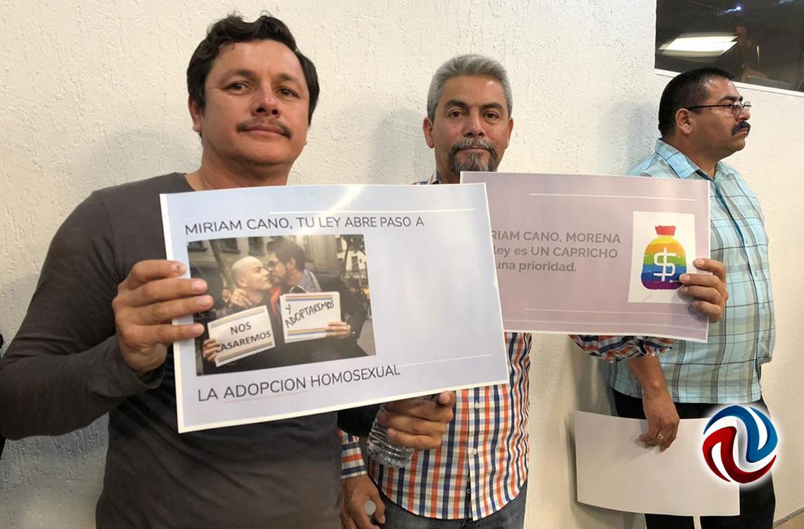 Turnaron iniciativa para legalizar matrimonios igualitarios