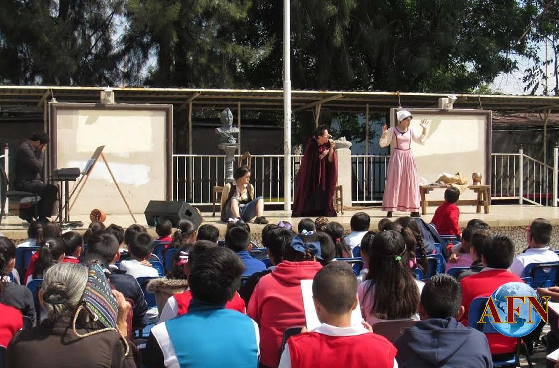 Ópera de Tijuana en plazas públicas