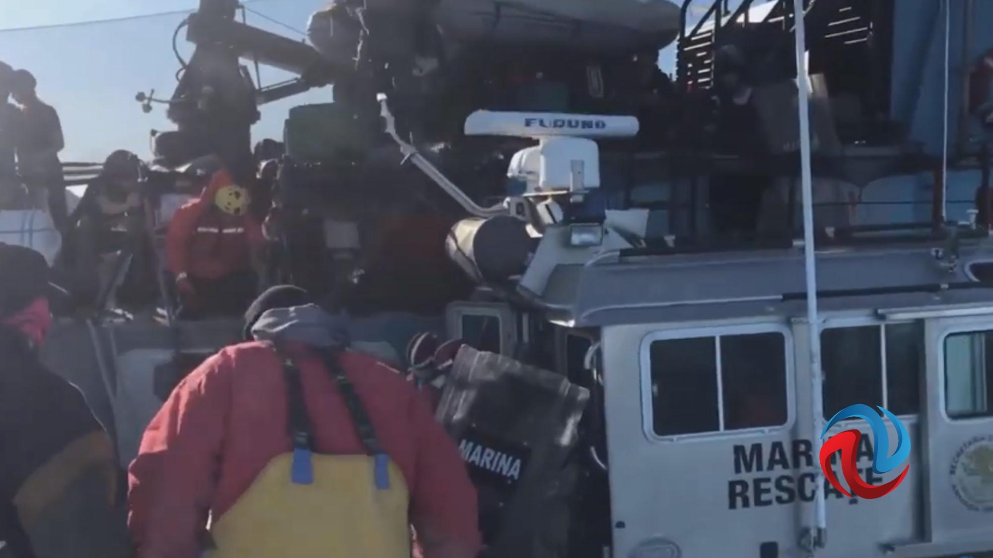 Embiste embarcación de Sea Shepher panga de pescadores en San Felipe