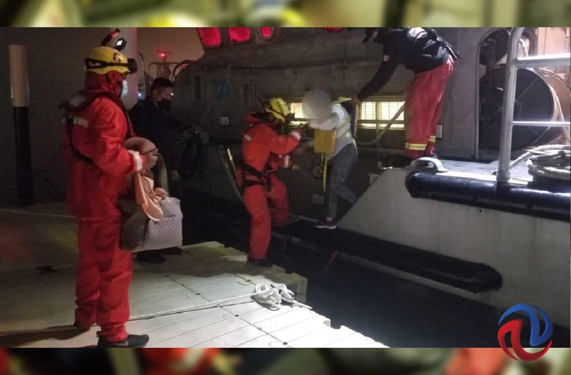 Rescatan a 16 personas en las inmediaciones de Punta San Miguel