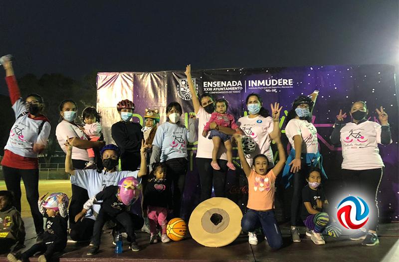 Más de 240 ciclistas participaron en la Rodada Nocturna