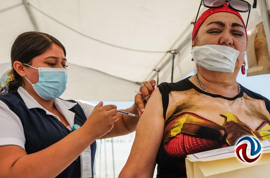 Dosis de AstraZeneca llegan a Baja California este lunes