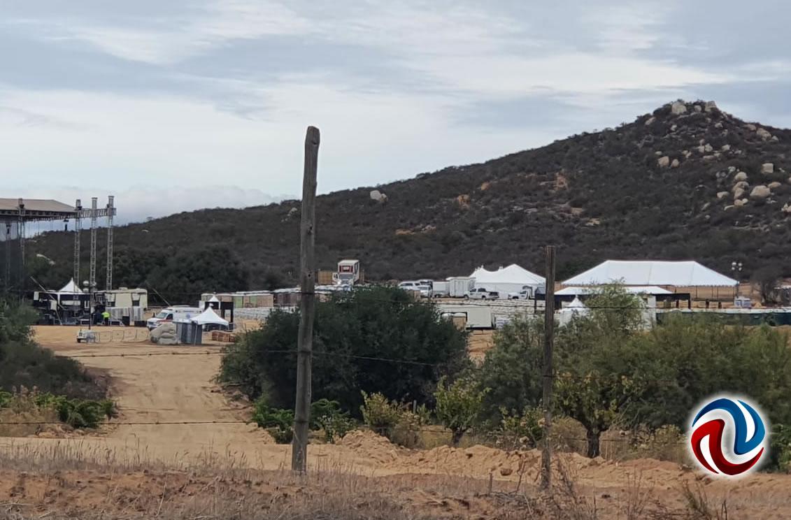 Clausuran foro para concierto de Christian Nodal en el Valle de Guadalupe